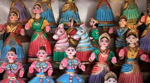 Thanjavur dolls, Dindigul locks, Kandangi sarees: